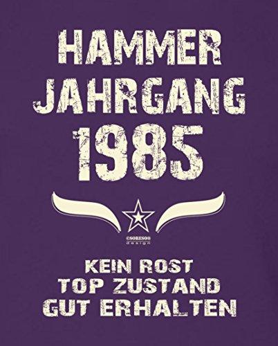 Geschenk Set : Geschenkidee Papa Vater 32. Geburtstag ::: Hammer Jahrgang 1985 ::: Herren T-Shirt Geburtstagsgeschenk für Männer ::: Farbe: schwarz Lila