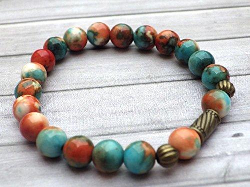 stile tibetano braccialetto vintage perle di giada bianca tinto marrone, arancione e blu, perline bronzo antico