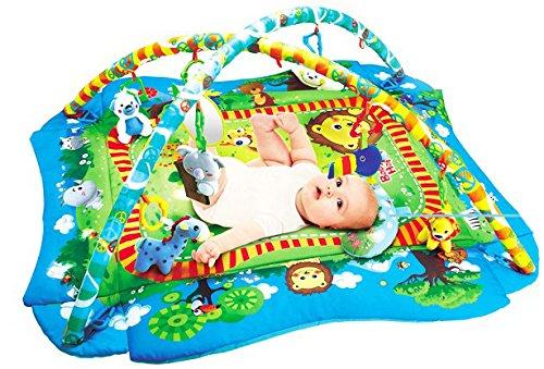 Spiel-platz-matte (The Cuddle Spielbogen/Spieldecke/Krabbeldecke für Babys - superflauschiger Erlebnis-Urwald mit aufklappbaren Seitenteilen und Rassel-Spielzeug)