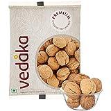 Amazon Brand - Vedaka Inshell Walnuts, 500g