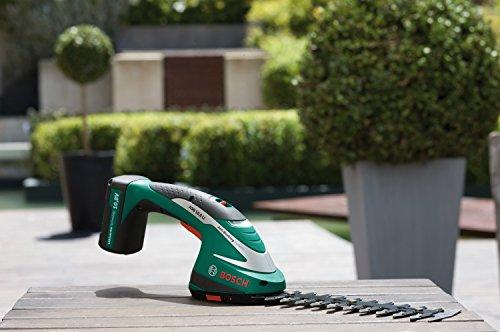 Bosch-Taille-haies-sans-fil-ASB-108-LI-avec-set-de-2-lames-et-chargeur-0600856302