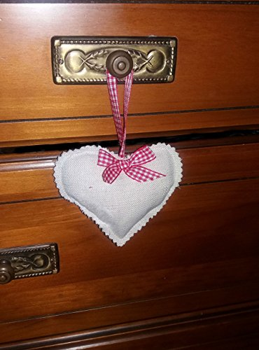 3-hearts-quilted-fabric-to-hang