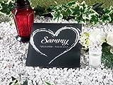CHRISCK design Gedenktafel mit Gravur Grabstein 100% Kratzfest und witterungsbeständig Grabplatte aus Acrylglas (20x20 cm Motiv Herz)