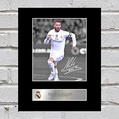 Fotografía de Sergio Ramos firmada del Real Madrid F.C.