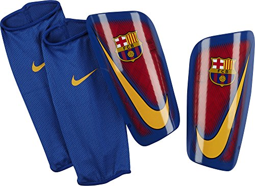 Official 2016 2017 Barcelona Mercurial Lite Shinpads manufacturedThe FC Barcelona Mercurial Lite Football Shinguards feature a breathable sleeve and a durable, lightweight shell to help guard against impacts.BENEFITSLow-profile shell for comfor...