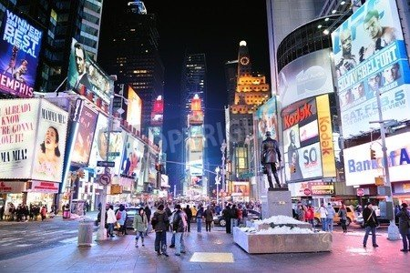 """Alu-Dibond-Bild 80 x 50 cm: """"NEW YORK CITY, NY - JAN 30: Times Square is featured with Broadway Theaters and LED signs as a symbol of New York City and the U"""", Bild auf Alu-Dibond"""
