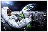 Astronaut auf Mond Motiv auf Leinwand im Format: 120x80 cm. Hochwertiger Kunstdruck als Wandbild. Billiger als ein Ölbild! ACHTUNG KEIN Poster oder Plakat!
