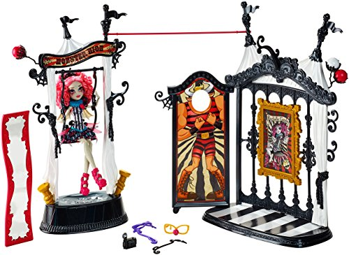 Image of Monster High Freak du Chic Circus Scaregrounds and Rochelle Goyle Doll Playset