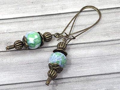 Boucles d'oreille vintage en bronze et jade blanc teinté en bleu et vert