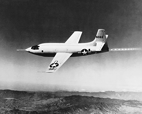 The Poster Corp Science Source - First Supersonic Aircraft Bell X-1 1947 Kunstdruck (91,44 x 60,96 cm)