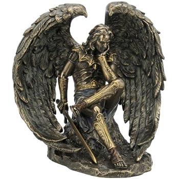 Amazon.de: Gefallener.Engel Luzifer mit Schwert Figur