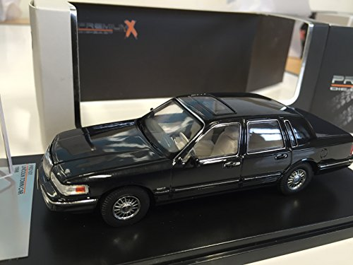 lincoln-town-car-1996-143-ixo-limited-edition-prd101
