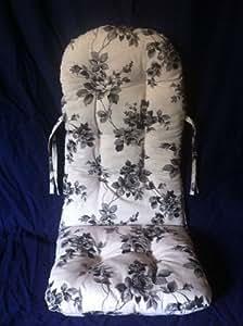 rattan im trend coussin pour chaise bascule blanc motif roses noires cuisine maison. Black Bedroom Furniture Sets. Home Design Ideas