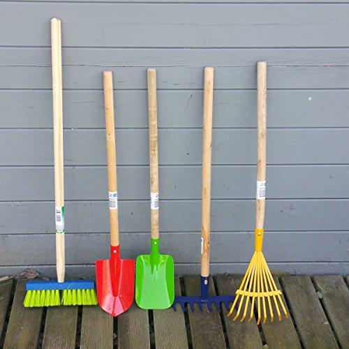Kinder Gartengeräte Kindergartengeräte 1 von 8, Kinder Garten Werkzeuge Geräte Schaufel, Besen, Rechen, Laubbesen, Harke, Grubber, Doppelhacke, Spaten, Metall mit Holzstiel (SET 5 tlg.)