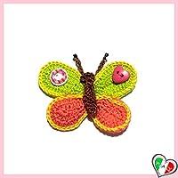 Bellissimo farfalla colorata all'uncinetto! Sarà perfetta per decorare gonne, camicette, maglioni, cappelli, sciarpe, borse, guanti, vestiti per bambini, accessori, cuscini, progetti di arredamento etc. Posso anche cucire un supporto di metal...