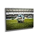 Fußball - Kunstdruck auf Leinwand (90x60 cm) zum Verschönern Ihrer Wohnung. Verschiedene Formate auf Echtholzrahmen. Höchste Qualität.
