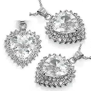 Beau Pendentif Taillé Coeur dans le style de Kate Middleton Couleur Diamant