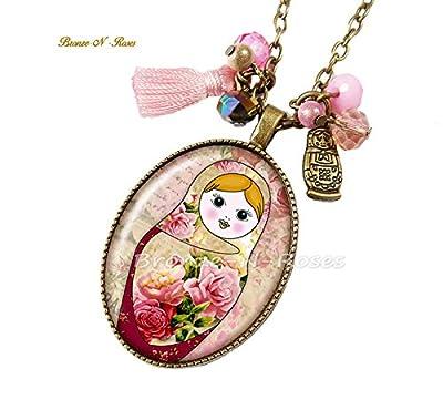 Sautoir * Matriochka * poupée russe cabochon rose bronze slave collier