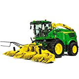 Britains 1:32 John Deere 8600 Self Propelled Forage Harvester with Attachments - Collectable Farm Vehicle Toy - Suitable From 3 years