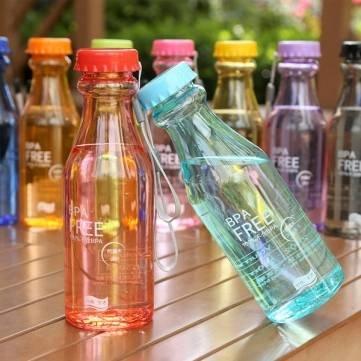 Kunststoff tragbare Dicht Sports Unbreakable 550ml Wasser-Flasche