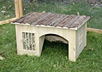Kerbl Nature Plus House with Hay Rack, 54 x 41 x 30 cm