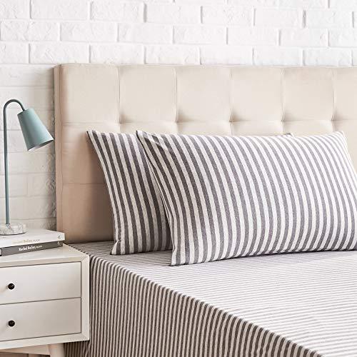 AmazonBasics - Juego de 2 fundas de almohada, diseño de rayas, 50 x 80 cm, Gris Claro