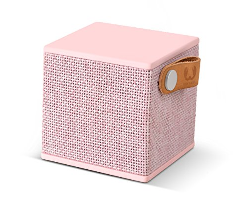 Fresh 'n Rebel Speaker Rockbox Cube Fabriq Edition, Altoparlante Bluetooth portatile 3W, mini cassa senza fili in tessuto, vivavoce integrato, Compatibilità Smartphone/Tablet/laptop e MP3, rosa cupcake