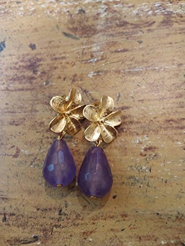 regalo di san valentino amore coppia fidanzamento innamorati orecchini fiori ottone oro e pietre dure a goccia di agata lilla-viola sfaccettate