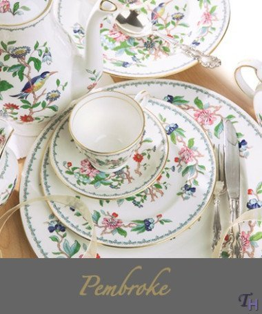 Aynsley Pembroke 5 Pc Place Setting(s) by Aynsley Aynsley Fine Bone China