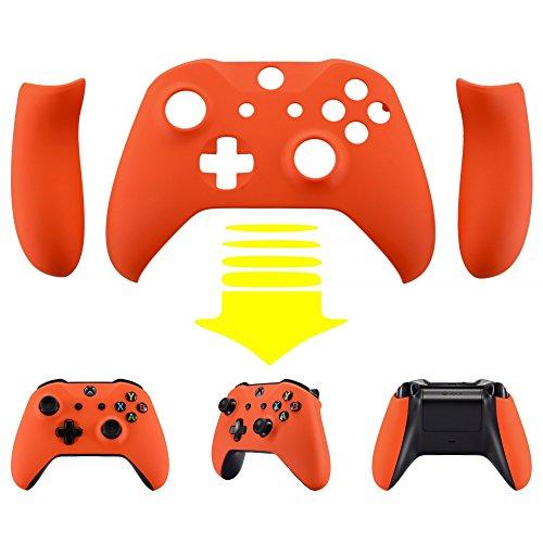 eXtremeRate Cover Custodia Copertura Frontale Guscio Superiore Ricambio con Impugnatura Grip Per Controller Xbox One S & Xbox One X Model 1708-Arancio