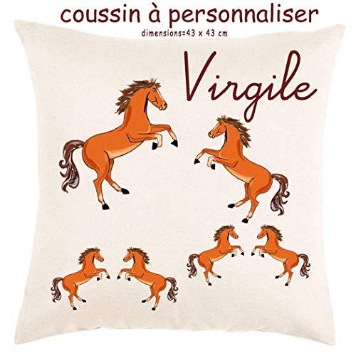 Coussin avec sa Housse Toucher très Doux Cheval Personnalisable avec un Prénom Exemple Virgile