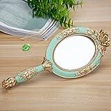 Specchio di bellezza Specchio di trucco Specchio cosmetico di vanità di ingrandimento dello specchio Specchio di mano creativo specchio di trucco della resina di modo specchio portatile portatile di rimozione specchio di mano del salone di bellezza smeraldo 24.5 * 10.5cm