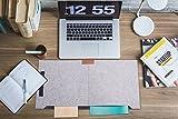Filz Schreibtischunterlage mit Mouesepad, Stifthalter und Zwei zusätzlichen Taschen, 63x33cm, Rutschfest, geruchfrei, warm grau