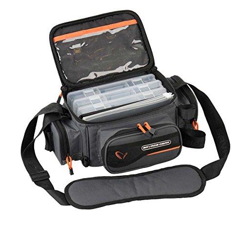 Savage Gear System Box Bag S (15x36x23cm) - Angeltasche inkl. 3 Angelboxen & Ziplock Bags, Anglertasche, Ködertasche, Tasche für Kunstköder, Spinntasche, Köderboxen (Boxen-tasche)