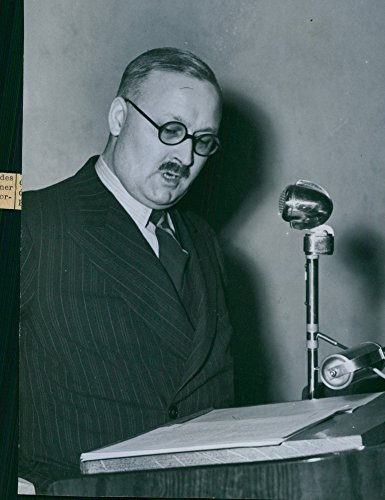 vintage-photo-of-clayton-young-talking-on-the-radio-about-english-advertising