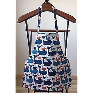 Blaue Schürze für Kinder – Mini Leinen Schürze mit Wal Muster – Kleine Kochschürze für Mädchen – Malerkittel – Bastelkittel – Geschenk für Kinder
