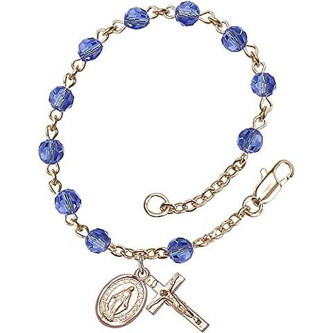 14ct chapado en oro rosario pulsera características 5mm Sapphire cuentas de Swarovski. El crucifijo Medidas 5/8x 1/4.