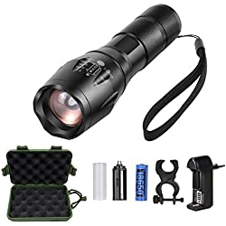 Linterna LED Recargable impermeable y Zoom Ajustable, Linternas Tacticas LED alta potencia militar y 6 Accesrios Diferentes, con 5 Modos, Perfecta para Ciclismo,Camping, Montañismo