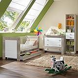 5tlg Babyzimmer weiß - Eiche sägerau Wickelkommode Baby Gitterbett Hochregal