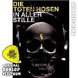 Die Toten Hosen - In Aller Stille - plus original Dunlop Plektrum von Musik-Schubert - das Songbook für das 12. Album. Alle 13 Songs des neuen Erfolgsalbums, notiert für Gitarre (Standardnotation und TAB) sowie Texte zum Mitsingen mit Akkorden. Noten/Sheetmusic