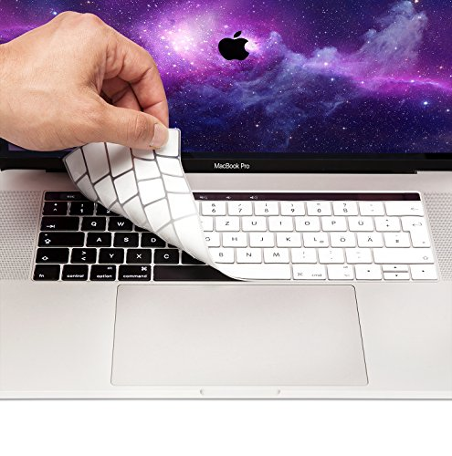 MyGadget Tastaturschutz QWERTZ für Apple MacBook Pro 13