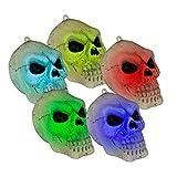 Dekolicht Totenkopf, natur-schwarz, Kunststoff, mit Farbwechsel, batteriebetrieben mit 3 x AG 13-Batterien (inkl.), Maße (HxBxT): ca. 10 x 11 x 8 cm, aufhängbar. Halloween-Beleuchtung. Für Gothic-Fans