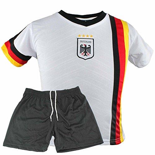 MC-Trend Deutschland WM Fußball Kinder Trikot-Set mit Hose und Mesh-Einsätzen, 4 Sterne Weltmeister Germany Nationalmannschaft Weiß/Schwarz (122-128) (Deutschland Kinder Fußball-trikot)