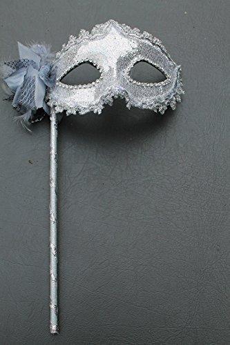 Silber Funkelnd Metallische Venezianische Maskerade Maske mit Blumen und Federn auf Stock