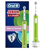 Oral-B Junior Kids Electric Toothbrush Rechargeable for Children Aged 6-12, 1 Children's Electric Toothbrush Rechargeable Handle and 1 Sensitive Toothbrush Replacement Head Powered by Braun, Green