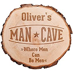 """Rodaja de madera grabada - De alta calidad - Motivo """"Man Cave"""" - Personalizada con [nombre] - Decoración para el jardín - Placa en la puerta para hombres - Decoración de puerta con nombre"""