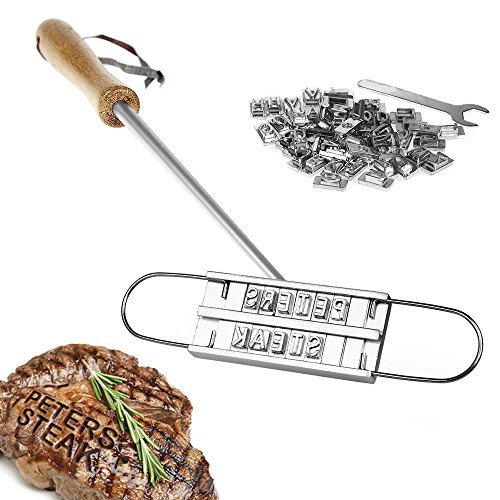 51yUfP4RTKL - BBQ Brandeisen mit wechselbaren Buchstaben - der Fleischstempel für den Grill von Crazy Kitchen – Grillzubehör - Geschenkidee für Männer zum Vatertag - Brenneisen zum Grillen
