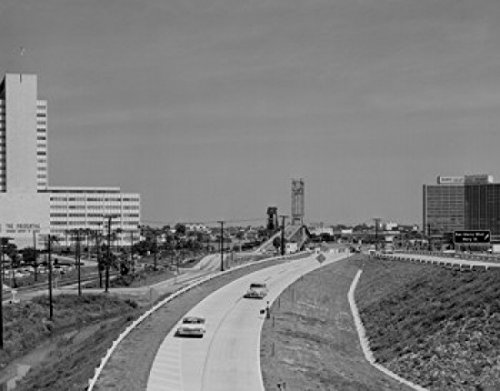 usa-florida-jacksonville-st-elmo-west-acosta-bridge-prudential-building-on-left-artistica-di-stampa-