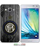 Cover Calcio Inter disponibile per iPhone 4-4S-5-5S-5C-6-6 Plus-3G-3GS; Samsung Galaxy S2-S2 Plus-S3-S3 Neo-S3Mini-S4-S4Mini-S5-S5Mini-S6-S6 Edge;Samsung Galaxy Note 2-Note 3-Note 4;Samsung Galaxy A3-A5-A7-E5-E7;Samsung S i9000-Grand 2 G7106-G7105-G7102-G7100-Grand i9082-Core Plus-Core 2 G355-Galaxy S Duos S7562-S7582-Samsung Galaxy J5-Samsung Galaxy Core Prime;Nokia Lumia 920; Huawey Ascend P6;LG G3; PER SPECIFICARE IL MODELLO DESIDERATO INVIARE UN MESSAGGIO AL VENDITORE.