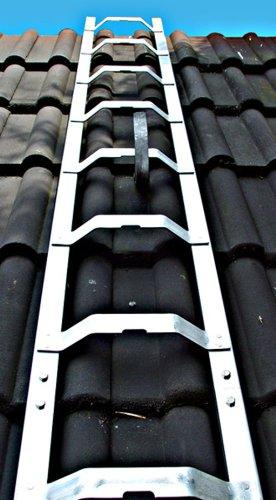 Dachleiter Aluminium 4,32 m Dachdeckerauflegeleiter 16 Sprossen, gewölbte Bremer Sprosse, nach BGR 203